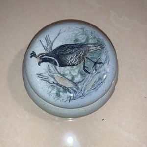 Trinket pottery dish with top. Cute for rings